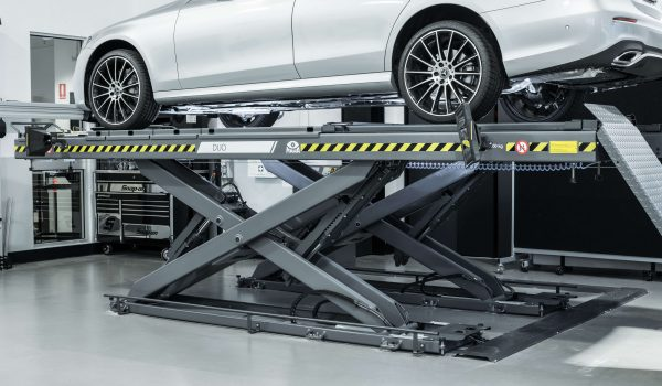 Car Lifts—What You Need to Know Before Buying For Your Workshop